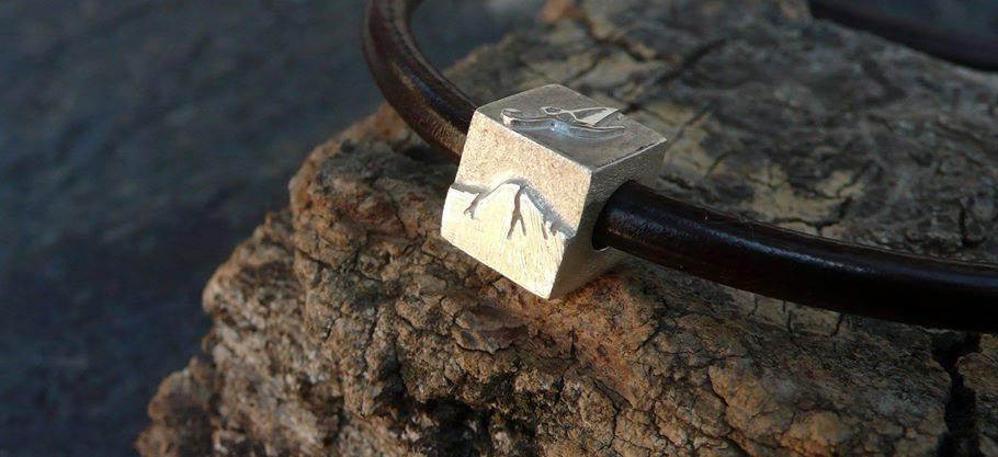 Cubo en plata estilo Pandora con diseños personalizados