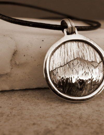 Colgante en plata pico Aneto